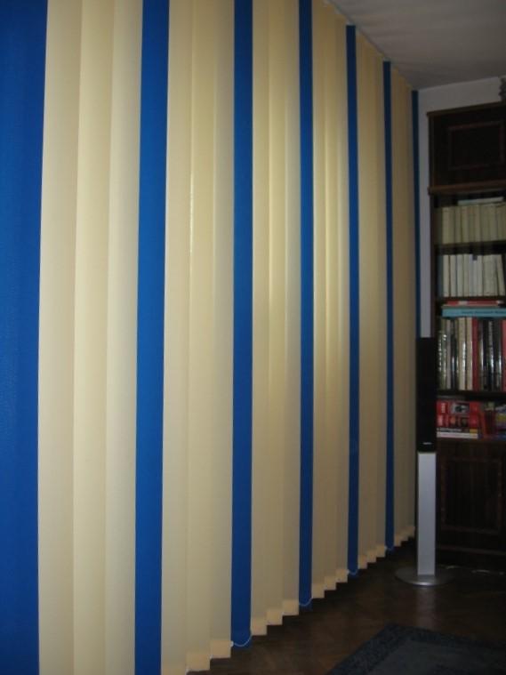 Jaluzele verticale in 2 culori